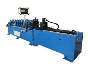 ROLL FORMING MACHINE FOR ANGLE